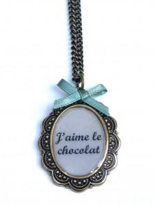Jaime-le-chocolat-sautoir