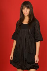 Robe noire bouffante
