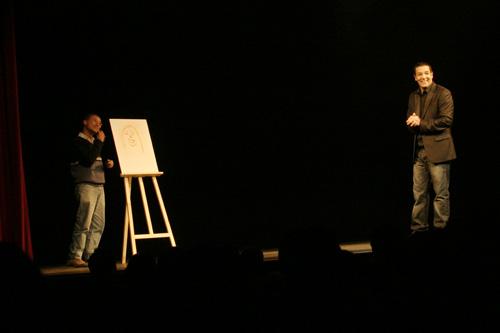 Cartouche sur scène