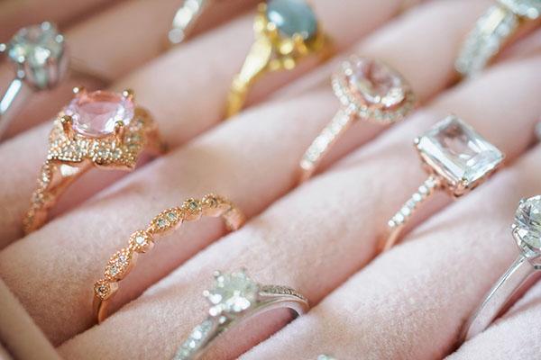 Bagues bijoux originaux