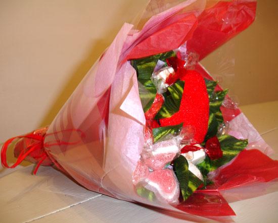 idée cadeau saint valentin de dernière minute : un bouquet de bonbons