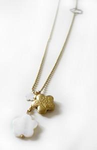 collier-petites-fleurs