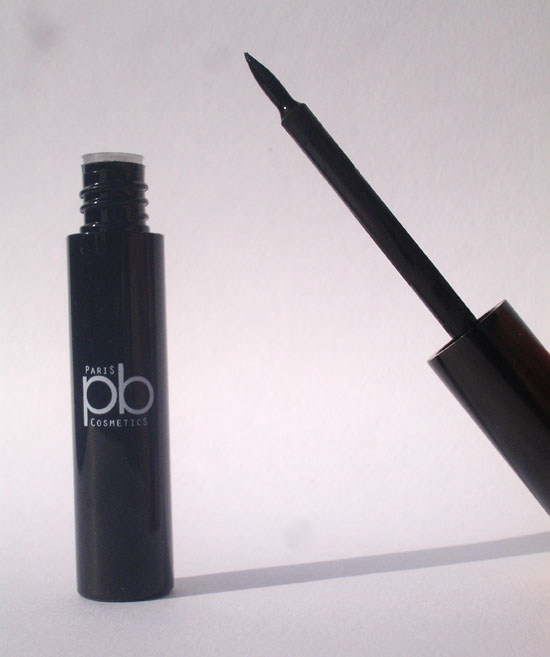 eye-liner-noir-pb-cosmetics