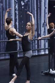 mila-kunis-danseuse