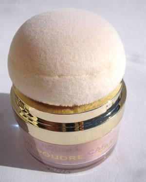 pompon-poudre-caron