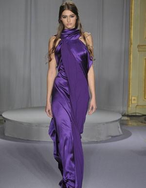 http://www.secrets-de-filles.fr/wp-content/uploads/robe-violette1.jpg