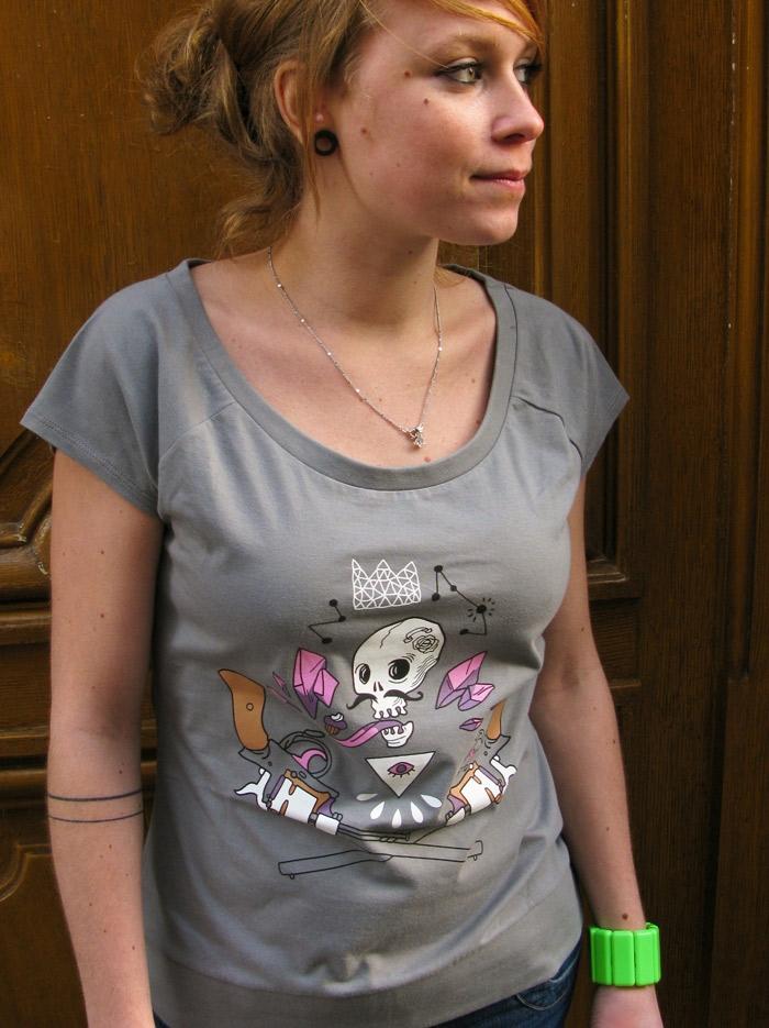 t-shirt-bio-mustachos-monsieur-poulet