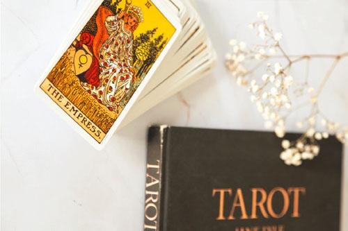 Tarot love