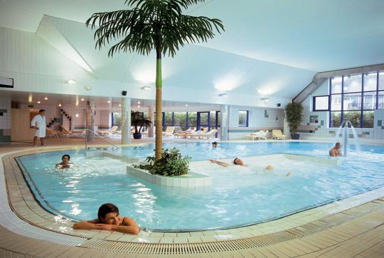 La thalasso ou comment se r server un moment de bien tre for Thalasso quiberon piscine